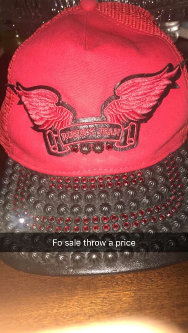 Used Red and black Robin Jean Hat for sale in Pearl - letgo b6b5ec56390