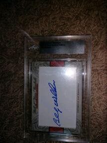 Famous baseball player, Billy williams graded auto