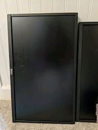 19 and 22 inch computer monitors