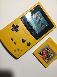 Yellow GameBoy Color with two games Oxnard, 93033