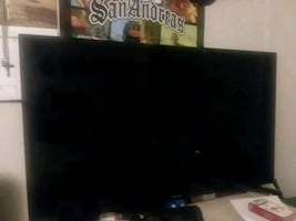 Samsung 32in 1080p flat screen tv
