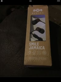 House of Marley earbuds. Smile Jamaica brand. Open box, never used.  Dearborn Heights, 48125