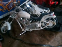 white cruiser motorcycle die-cast Abilene, 79602