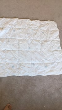 !!! LIKE NEW !!!Baby crib quilt/comforter North Potomac, 20878