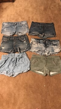 Women's shorts: Silver/size 31 & 32, American Eagle/size 10, Abercrombie & Fitch/size 8 Montgomery, 56069
