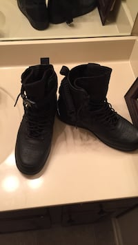 Boots size 10.5 Fort Mitchell, 36856