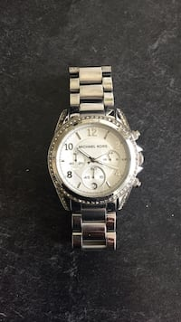 Michael Kors Silver watch  Ottawa, K2J 0B4