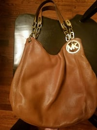 $ REDUCED Women's Michael Kors leather bag Staten Island, 10312