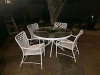 Patio table and chairs  Herndon, 20171