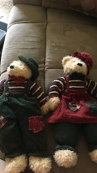 Mr. and mrs bear plush toys