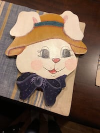 Painted bunny wooden wall decor Beaumont, 92223