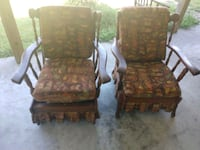 2 Matching vintage chairs Vidor, 77662