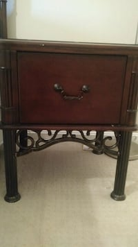 brown wooden 2-drawer nightstand Manassas, 20112