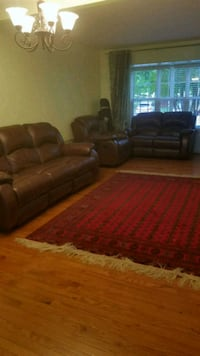 brown leather 3-seat sofa and loveseat Dumfries, 22026