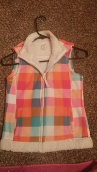 pink black and teal checkered full zip outdoor vest Little Rock, 72206