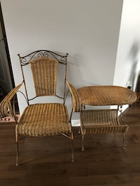 two brown wicker armchairs with brown wooden base 康地亞克, J5R 0C5