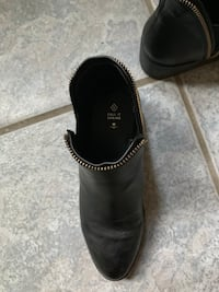Call it Spring ankle boots - size 6 Edmonton, T5H 0E9
