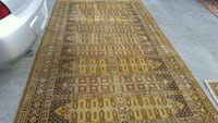 Real wool Persian Style home rug, good condition