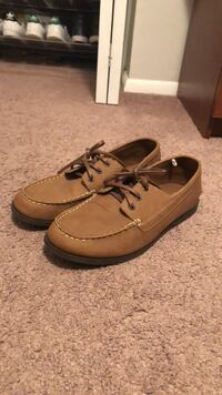 Pair of brown leather boat shoes Gaithersburg, 20879
