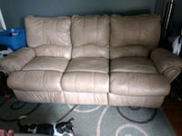 brown leather 3-seat recliner sofa Smyrna, 37167