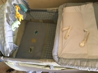 baby's gray and white travel cot Bakersfield, 93308