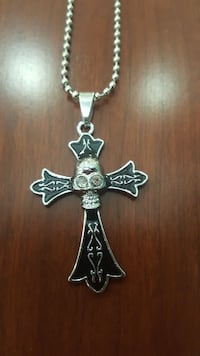 Cross with Skull necklace 168 mi