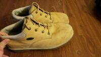 Size 12 men's lugz boots 8/10 condition  Surrey, V4A 8T9
