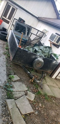 Trailer for sale needs all new word Windsor, N8Y 4N5