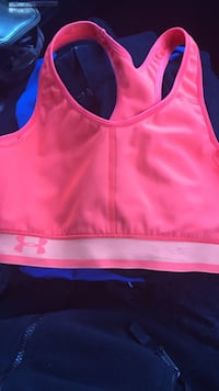 Under armour sports bra size med