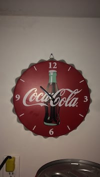 red and white Coca-Cola analog wall clock Thorold, L2V 3J7