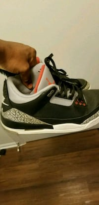 pair of black-and-white Air Jordan shoes Leesburg, 20176