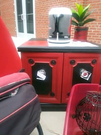 Black and red refurbished in table Springfield, 65803