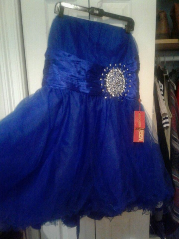 Used Plus size prom dress for sale in New Orleans - letgo