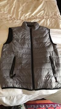 Size 14/16( youth large) vest South San Francisco, 94080