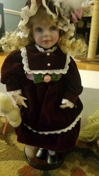 Lynn porcelain doll  Woodbridge, 22192