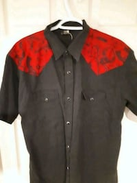 black and red button up dress shirt St. Catharines, L2S 4B8