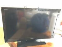 """Sony Bravia 32"""" tv with mounting stand   Pomfret, 20675"""