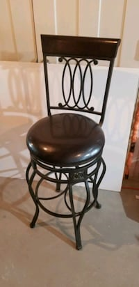 Set of 4 bar stools. Open to offers