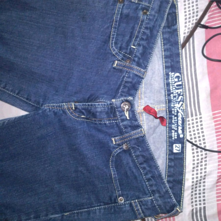 Guess Jean s
