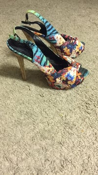 Pair of blue-and-multicolored floral open-toe side-strap heels Edmonton, T5K