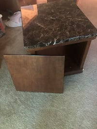 Need gone today side table Columbia, 21044
