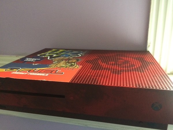 Xbox One S 2 TB gears of war 4 edition. Comes with headset and wireless controller