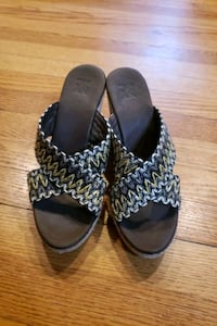 Women shoes 7M Baltimore, 21209