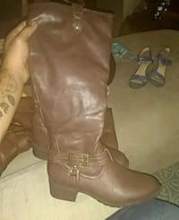 pair of brown leather boots Memphis, 38104