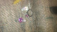 two amethyst encrusted silver-colored rings Casper, 82601