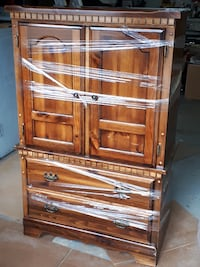 Solid pine bed armoire null