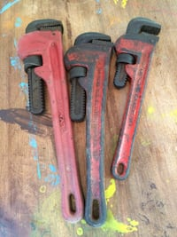 Pipe wrenches 158 mi