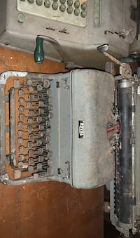 Old fashion type writer  Philadelphia, 19125