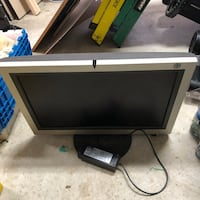 Monitor with bent cable pins Lanham, 20706