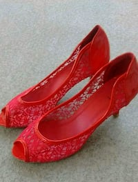 pair of red lace peep-toe heeled shoes size 7 Surrey